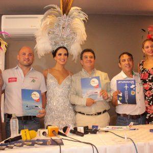 Romy Paz, Marco Delgado, Fatima I, Luis Vera, vicepresidente ejecutivo Grupo Amaszonas, Carlos Arrien y Taliana Tufiño